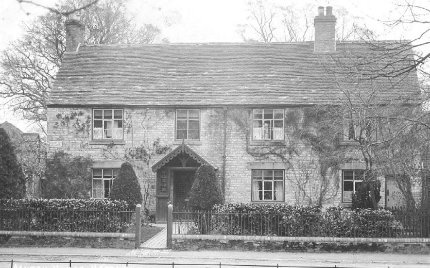 Ashton House, Harbury.  1900s |  IMAGE LOCATION: (Warwickshire County Record Office)