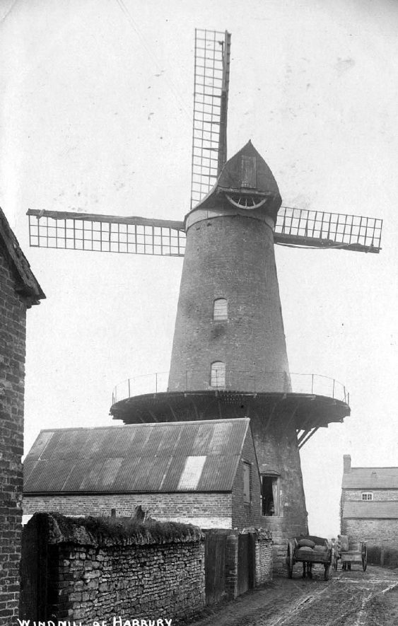 The windmill and Montgomery House, Mill Lane, Harbury.  1900s