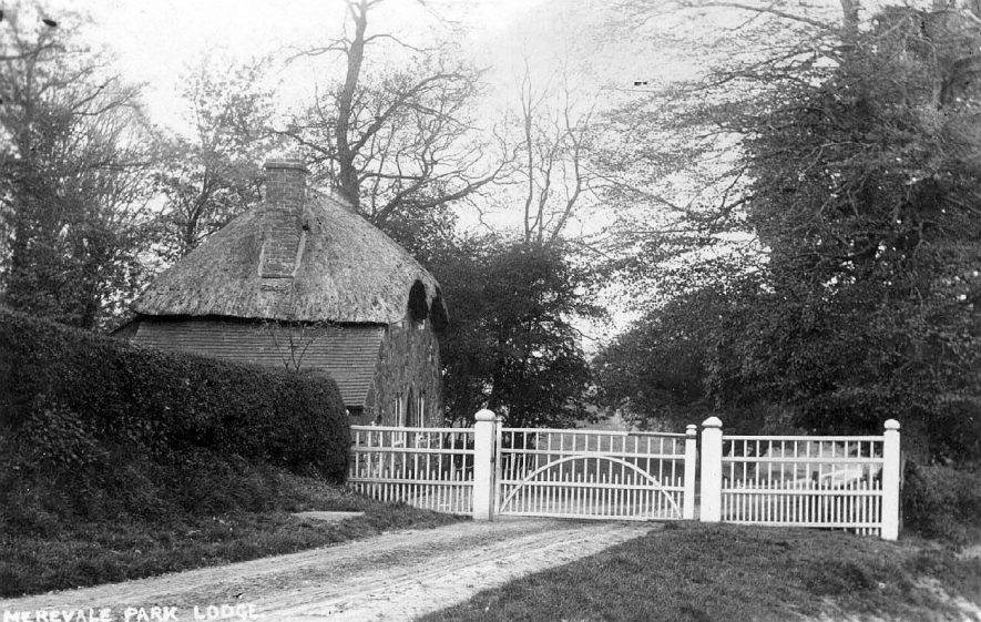Merevale Park Lodge, Atherstone.  1900s |  IMAGE LOCATION: (Warwickshire County Record Office)
