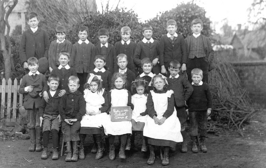 Pupils from Class 2  at the council school, Preston on Stour, in 1909-1910 |  IMAGE LOCATION: (Warwickshire County Record Office)