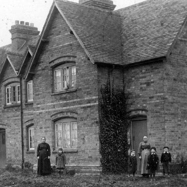 Preston on Stour.  Semi-detached house