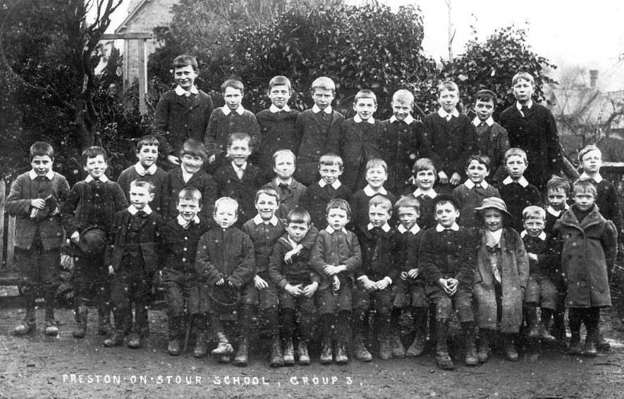 Group 3, Preston on Stour school, possibly 1911. |  IMAGE LOCATION: (Warwickshire County Record Office)