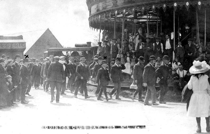 The fair on Club Day, Lower Quinton.  1912 |  IMAGE LOCATION: (Warwickshire County Record Office)