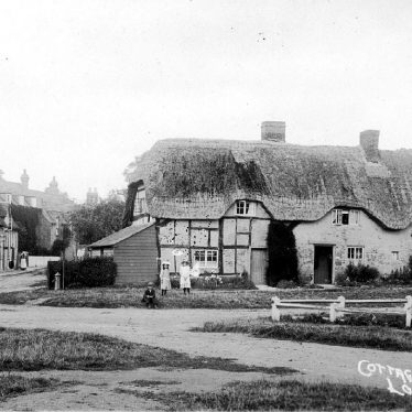 Quinton, Lower.  Cottages
