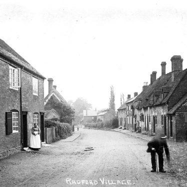 Radford Semele.  Village street