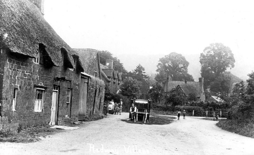 Village street in Radway, with cottages and horse cart.  1910s |  IMAGE LOCATION: (Warwickshire County Record Office)