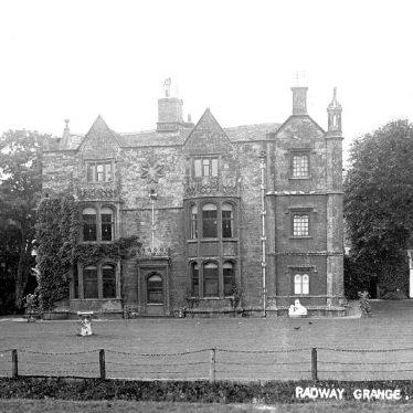 Radway.  The Grange