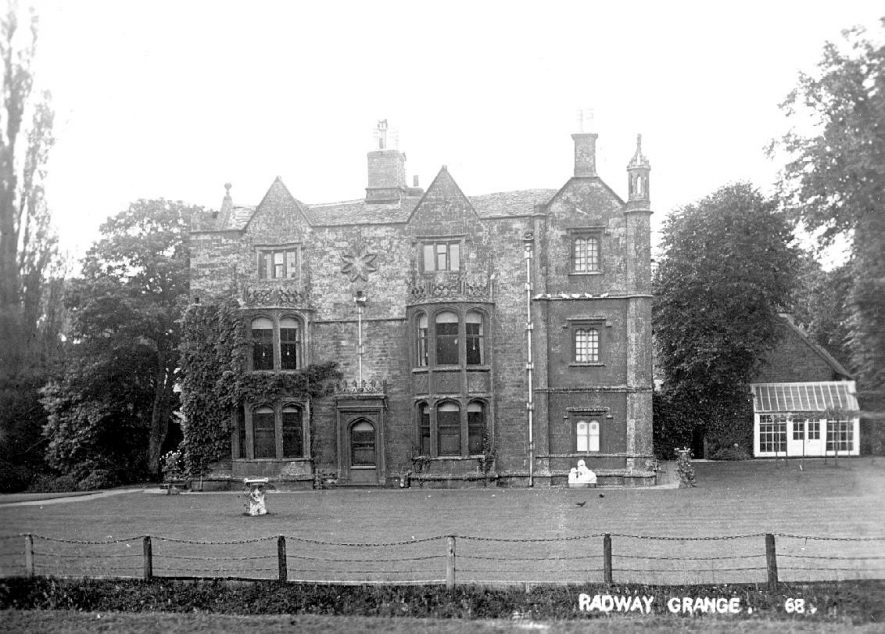 The Grange, Radway.  1900s |  IMAGE LOCATION: (Warwickshire County Record Office)