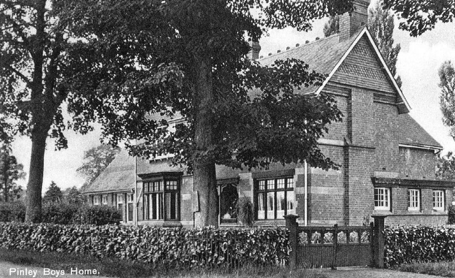 Pinley Boys' Home.  1910s |  IMAGE LOCATION: (Warwickshire County Record Office)