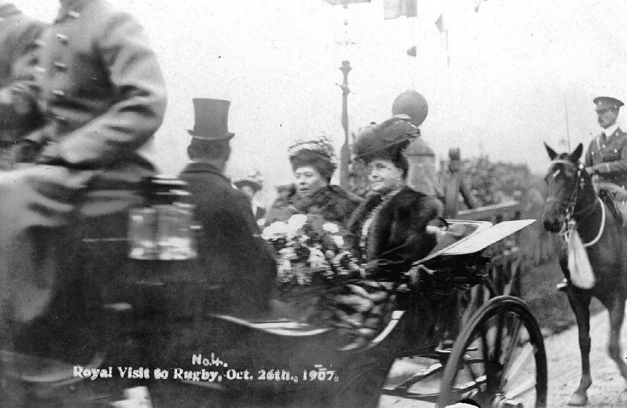Royal party in carriage on the 26th October 1907. |  IMAGE LOCATION: (Warwickshire County Record Office)