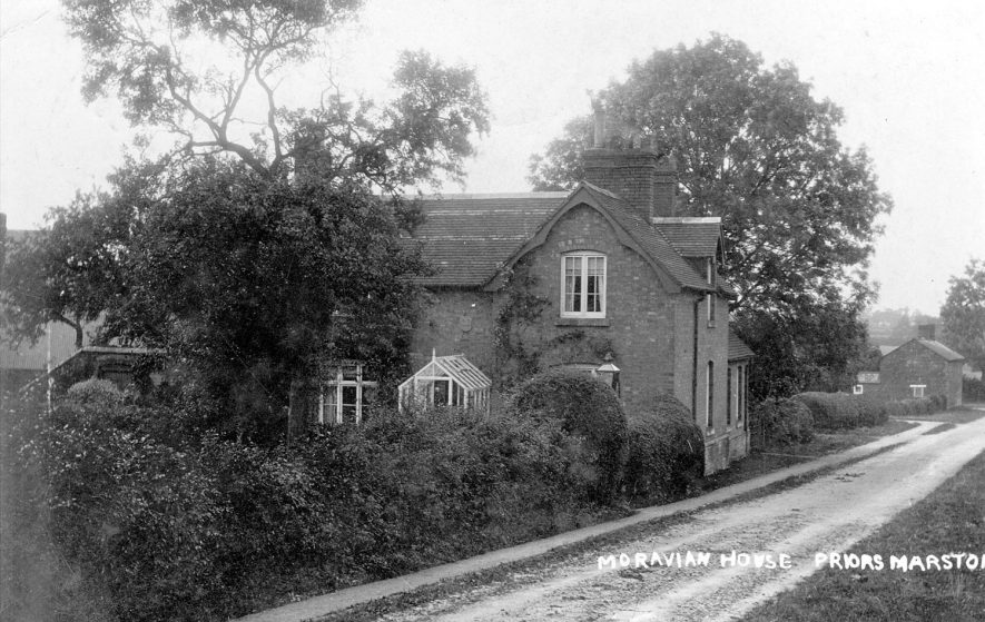 'Moravian House', [Keys Lane].  Postmark 1909 |  IMAGE LOCATION: (Warwickshire County Record Office)