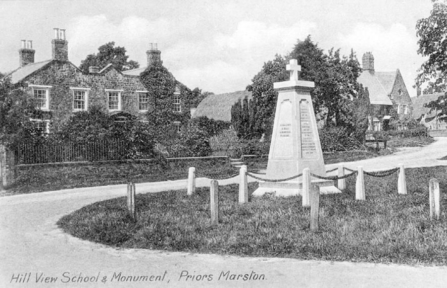 'Hill View School and Monument'.  1920s |  IMAGE LOCATION: (Warwickshire County Record Office)