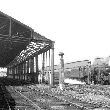 Rugby.  L.N.W.R. Railway Station