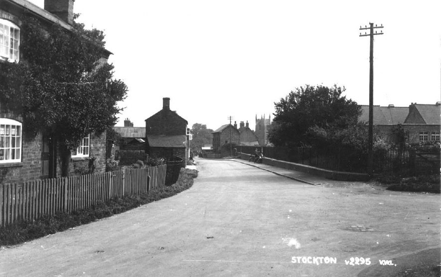 Stockton looking towards the church.  1920s |  IMAGE LOCATION: (Warwickshire County Record Office)