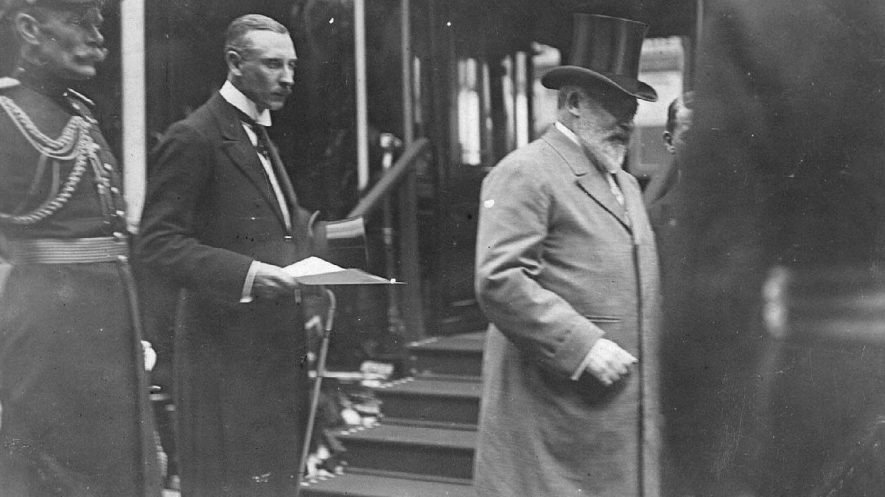 King Edward VII arriving at Rugby station.  1909 |  IMAGE LOCATION: (Warwickshire County Record Office) PEOPLE IN PHOTO: Edward VII