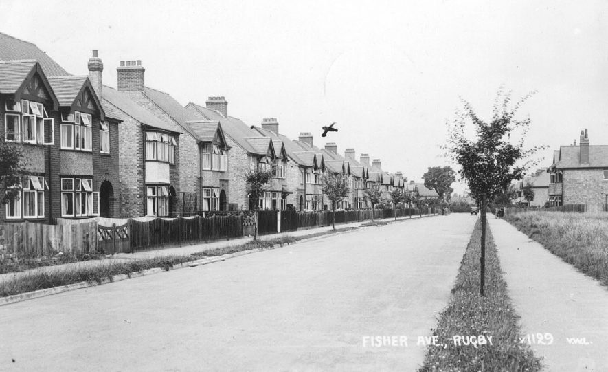 Fisher Avenue, Rugby.  1930s |  IMAGE LOCATION: (Warwickshire County Record Office)