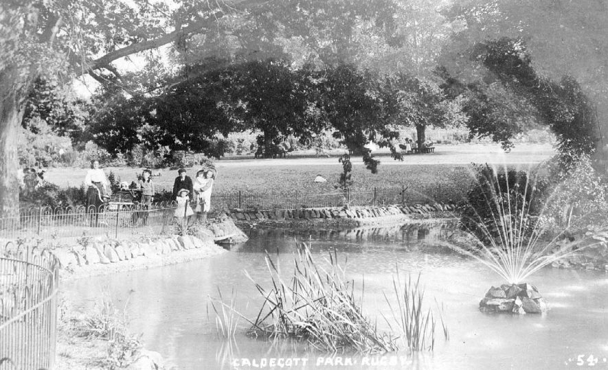 Caldecott Park, Rugby. Family group with children and perambulators.  1900s |  IMAGE LOCATION: (Warwickshire County Record Office)