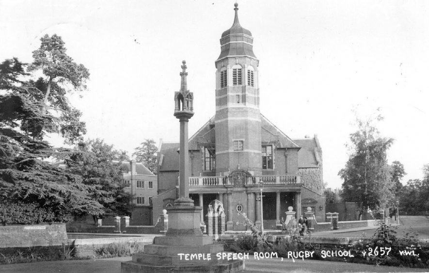 Rugby School.  The Temple Speech Room.  1920s |  IMAGE LOCATION: (Warwickshire County Record Office)