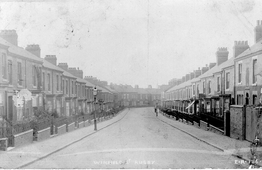 Terraced houses in Winfield Street, Rugby.  1900s |  IMAGE LOCATION: (Warwickshire County Record Office)