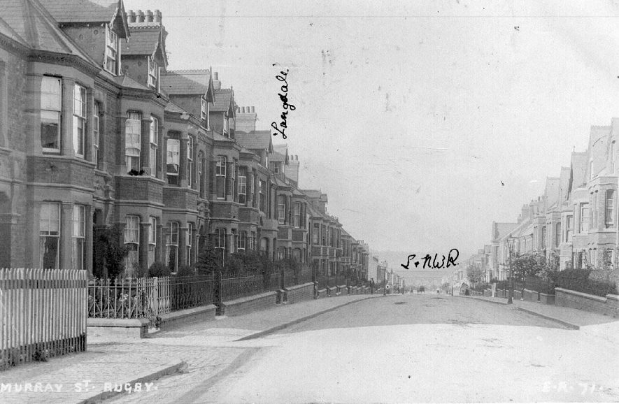 Terraced houses in Murray Road, Rugby.  1910s |  IMAGE LOCATION: (Warwickshire County Record Office)