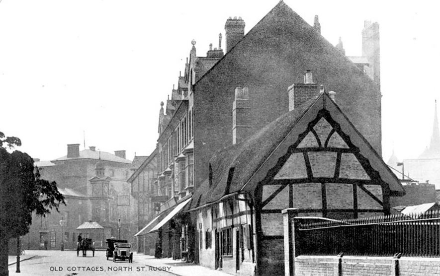 Old cottages and other buildings in North Street, Rugby.  1910s |  IMAGE LOCATION: (Warwickshire County Record Office)