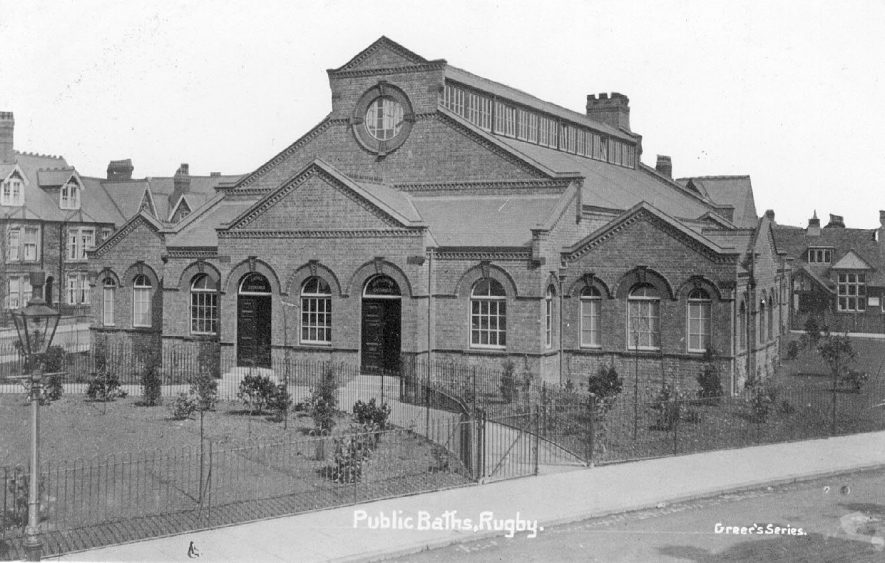 Exterior of the public baths in Rugby.  1910s |  IMAGE LOCATION: (Warwickshire County Record Office)