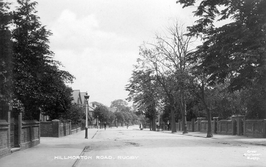 Tree lined Hillmorton Road, Rugby.  1910s |  IMAGE LOCATION: (Warwickshire County Record Office)