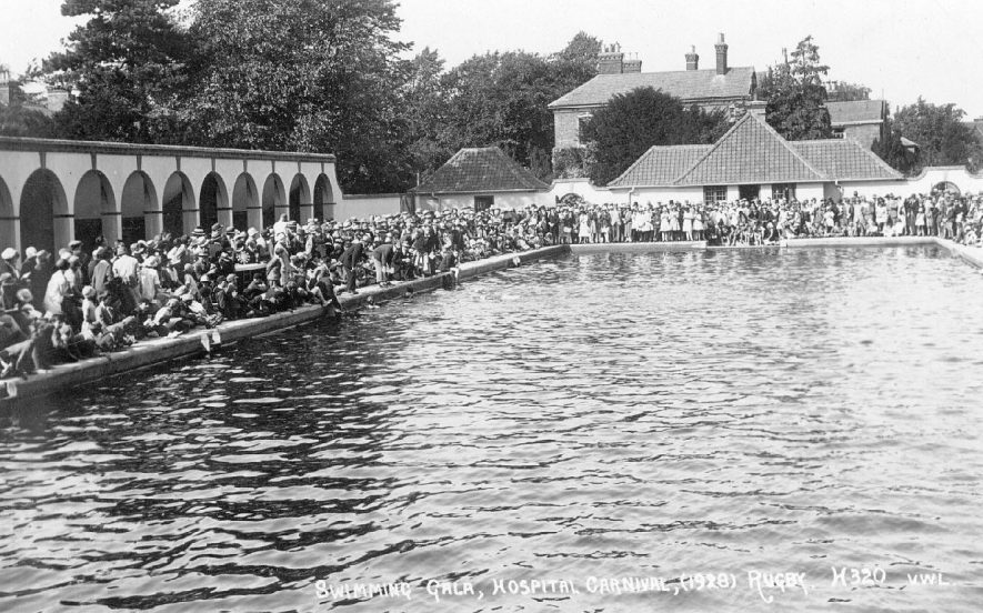 Hospital carnival swimming gala at  the open air pool at Rugby School.  1928 |  IMAGE LOCATION: (Warwickshire County Record Office)