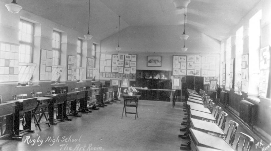 Rugby High School, The Art Room.  1920s |  IMAGE LOCATION: (Warwickshire County Record Office)
