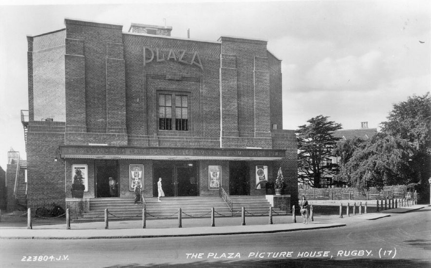 The Plaza Cinema, Rugby.  1940s |  IMAGE LOCATION: (Warwickshire County Record Office)