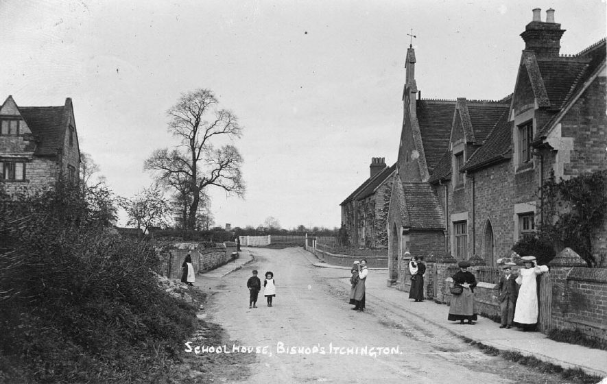 Bishop's Itchington, looking south west past the School House.  1900s |  IMAGE LOCATION: (Warwickshire County Record Office)
