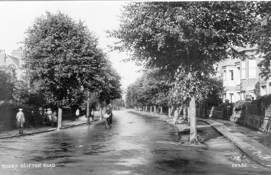 Clifton Road,  Rugby.  1920s    IMAGE LOCATION: (Warwickshire County Record Office)