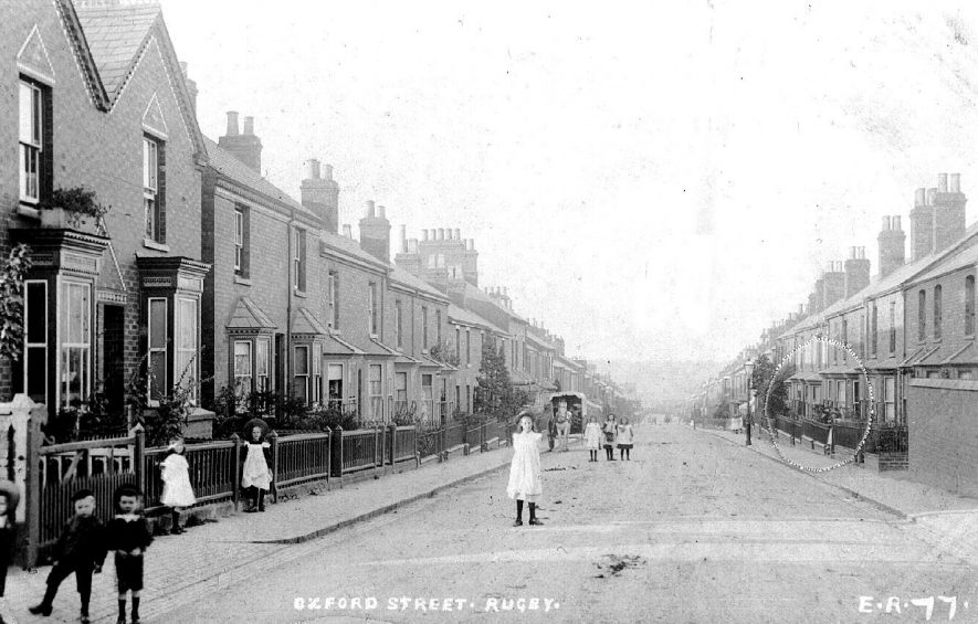 Oxford Street, Rugby.  1905 |  IMAGE LOCATION: (Warwickshire County Record Office)