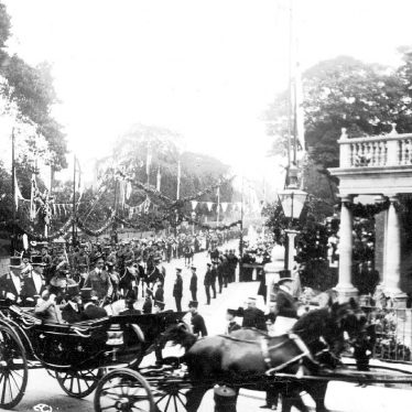 Rugby.  H.M. King Edward VII in carriage