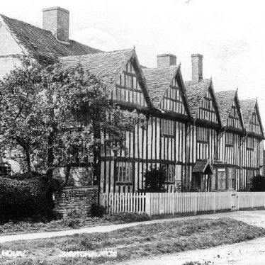 Long Itchington.  Tudor House