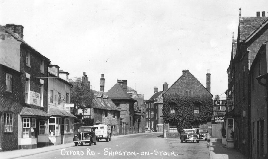 Oxford Road, [New Street], Shipston on Stour.  1960s |  IMAGE LOCATION: (Warwickshire County Record Office)