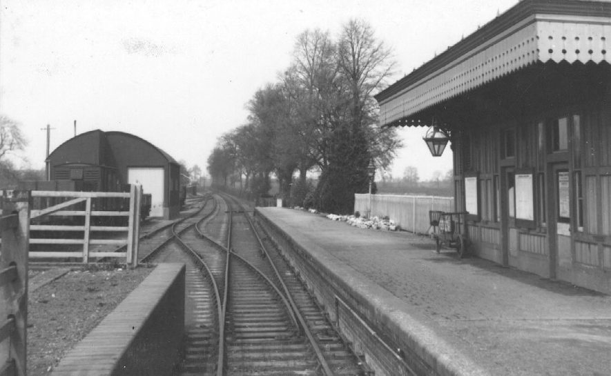 Shipston on Stour station.  1940s |  IMAGE LOCATION: (Warwickshire County Record Office)