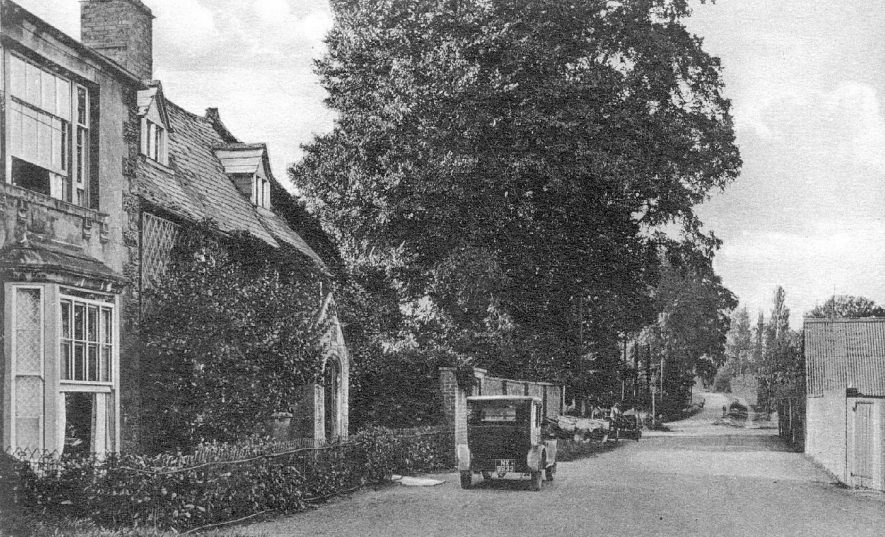 Darlingscott Road, Shipston on Stour.  1920s |  IMAGE LOCATION: (Warwickshire County Record Office)