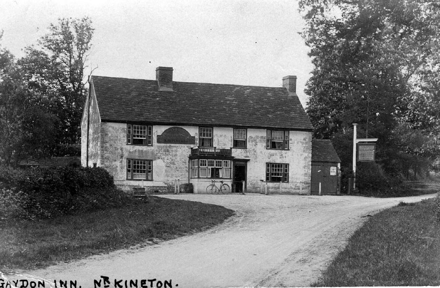 'Gaydon Inn', view of the front.  1900s |  IMAGE LOCATION: (Warwickshire County Record Office)