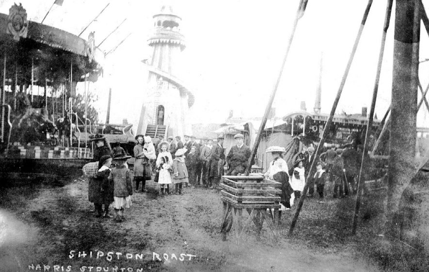 Shipston on Stour Roast. Fairground equipment and crowds.  1900s |  IMAGE LOCATION: (Warwickshire County Record Office)