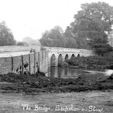 Shipston on Stour.  Bridge