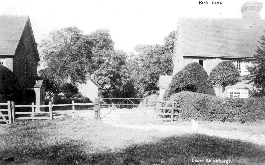 Estate workers cottages in Park Lane, Lower Shuckburgh.  1910s    IMAGE LOCATION: (Warwickshire County Record Office)