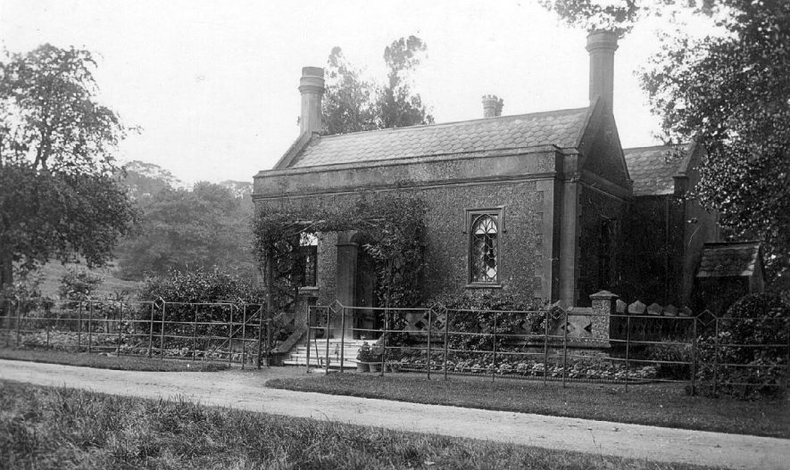 The Lodge,  Shuckburgh Park.  1900s |  IMAGE LOCATION: (Warwickshire County Record Office)
