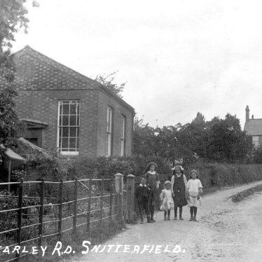 Snitterfield.  Bearley Road