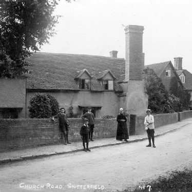 Snitterfield.  Church Road