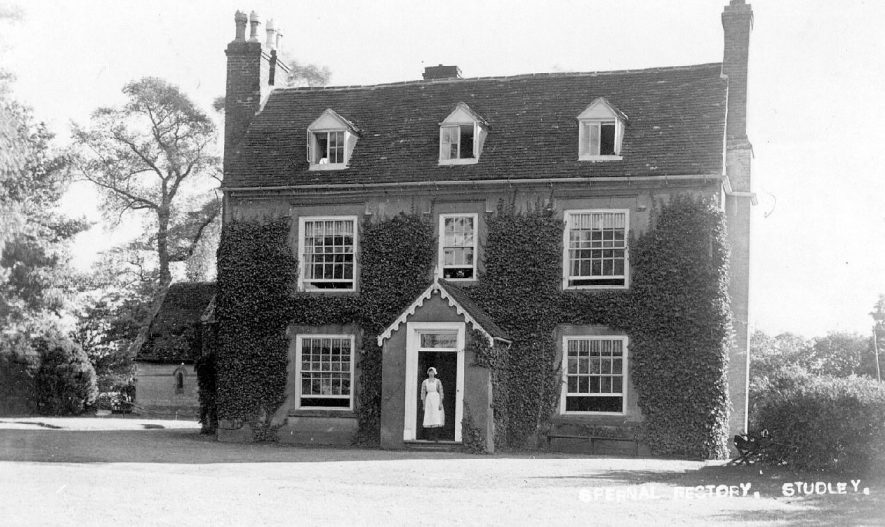 Spernall Rectory, Studley.  1910s |  IMAGE LOCATION: (Warwickshire County Record Office)