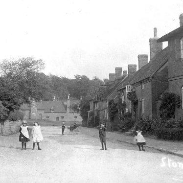 Stoneleigh.  Village scene
