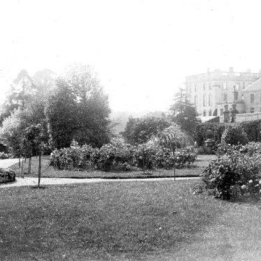 Stoneleigh.  Stoneleigh Abbey and Gardens