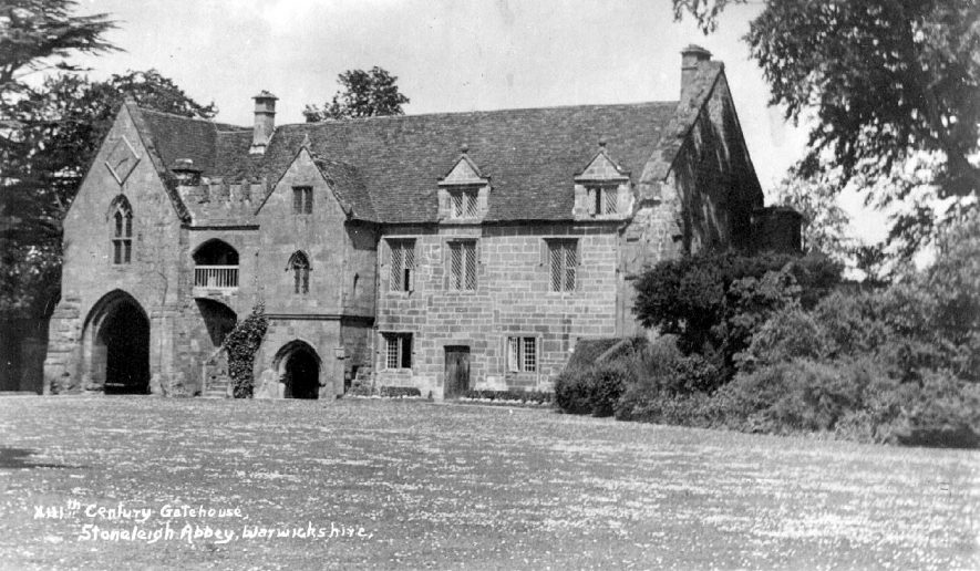 13th century gatehouse at Stoneleigh Abbey, Stoneleigh.  1920s |  IMAGE LOCATION: (Warwickshire County Record Office)