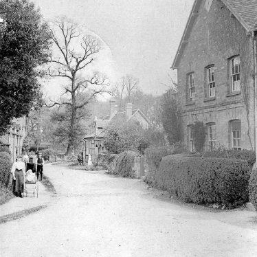 Stoneleigh.  Church Lane